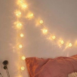UO Woven Globe String Lights